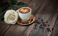 把咖啡渣穿到身上去